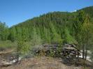 Остатки моста со стороны подъёма на перевал. Высота около 1100 м